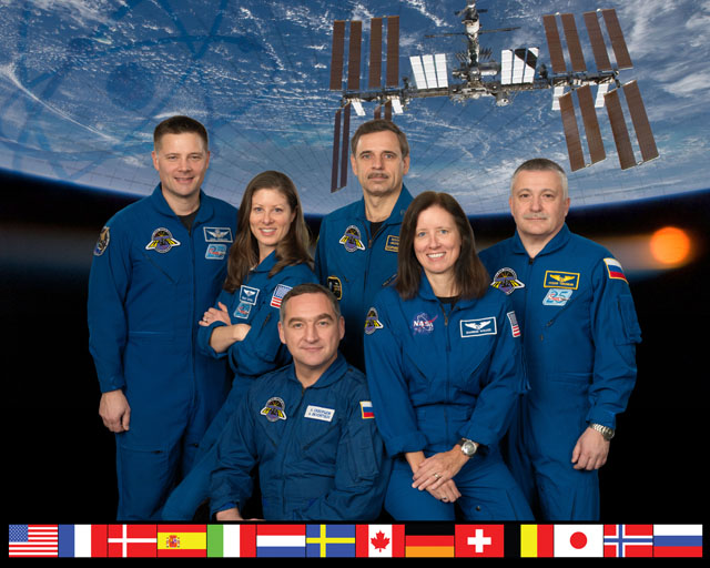astronaut crews of the international space station role - photo #26