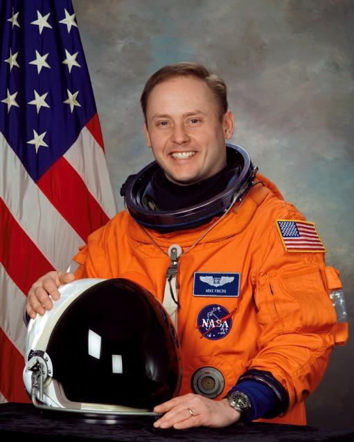 astronaut mike fincke -#main
